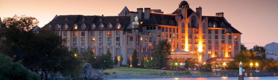 Delta Ocean Pointe Hotel